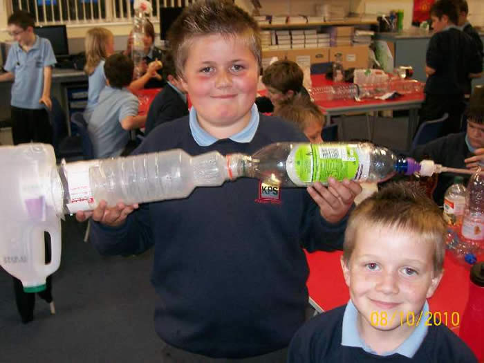 P7 making 'Giant Insects' during their minibeast topic.